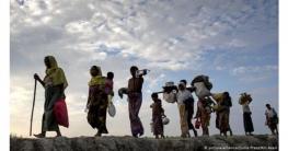 আটকে পড়া পাকিস্তানি ও রোহিঙ্গারা দেশের বোঝা: প্রধানমন্ত্রী