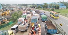 ঢাকা-টাঙ্গাইল মহাসড়কে ২০ কি মি যানজট
