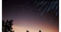 বছরের সবচেয়ে বড় উল্কা বৃষ্টি দেখা যাবে আপনার বাসা থেকে